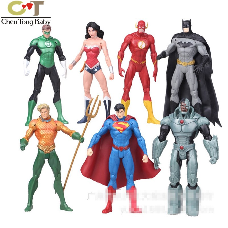 7 шт./компл. Супермен Чудо-Женщина Бэтмен украшения декоративные детские игрушки Фигурки виниловые куклы 17 см WJ02