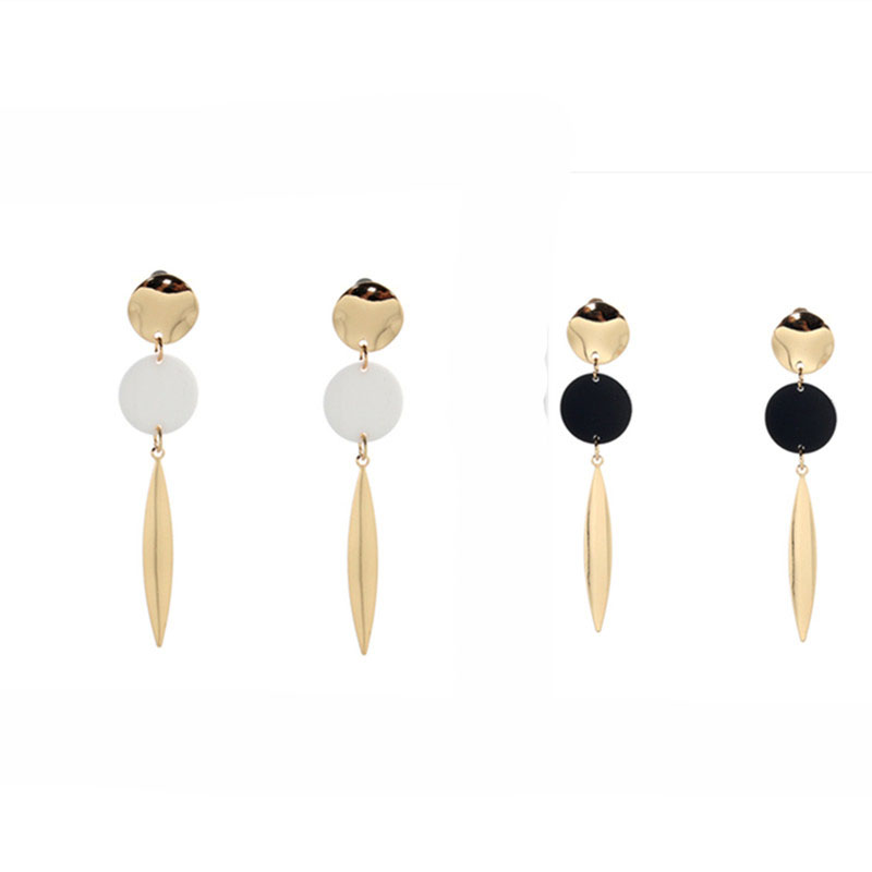 Free shipping ladies jewelry Exquisite new metal long girl earrings fashion party accessories black white friends earrings