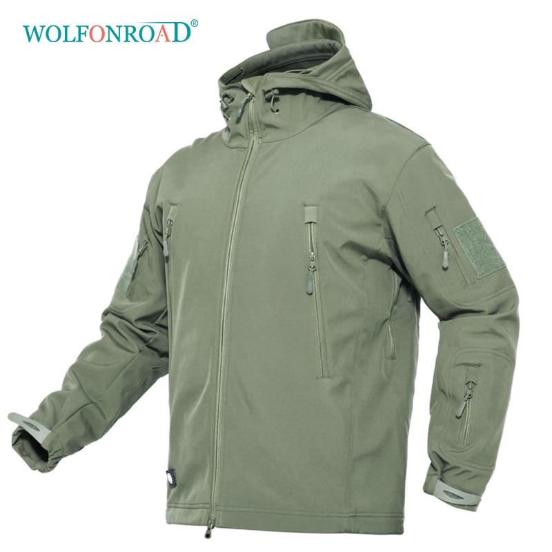 WOLFONROAD Winter Outdoor Jacket Waterproof Windproof Jackets Men Sport Outwear Hiking Camping Jacket Soft Shell Thermal