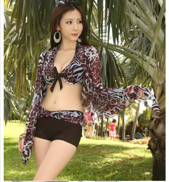Three-piece swimsuit women bikini swimsuit big chest swimsuit female steel prop gather small chest was thin swimsuit haisile 2015 new swimsuit korean spa small chest steel holder bikini three sets of 1525