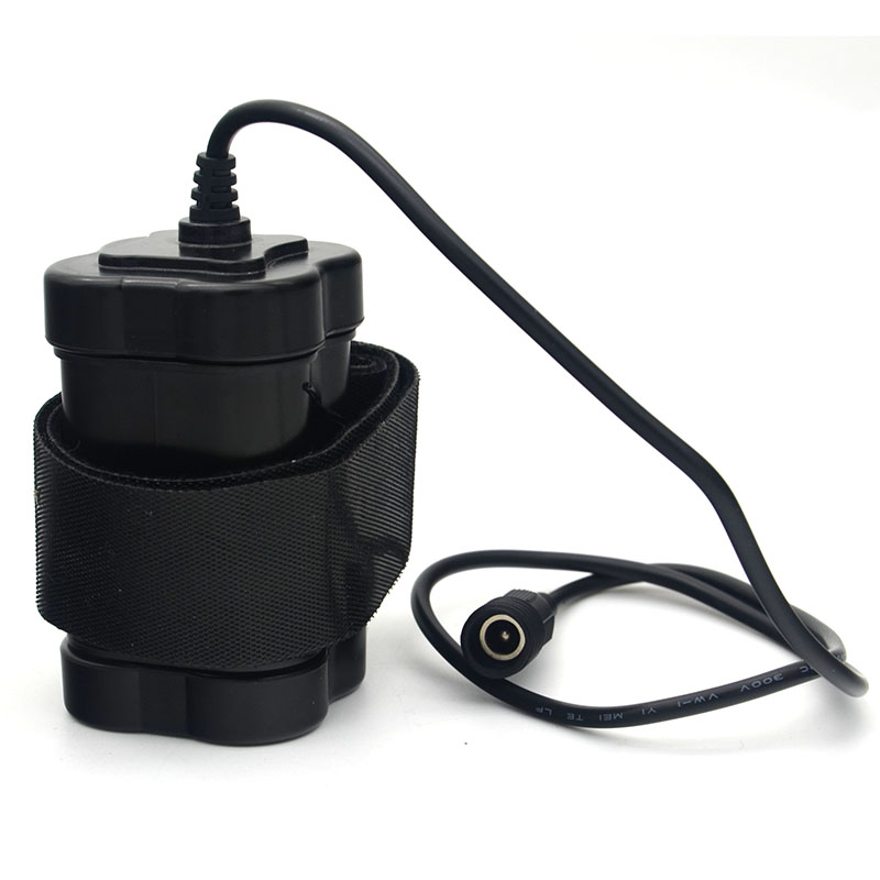 New Hight Quality Waterproof Bike Light 4x 18650 Battery Pack 8.4V For SolarStorm X2 X3 U2 T6 BIke Front Lamp + Charger