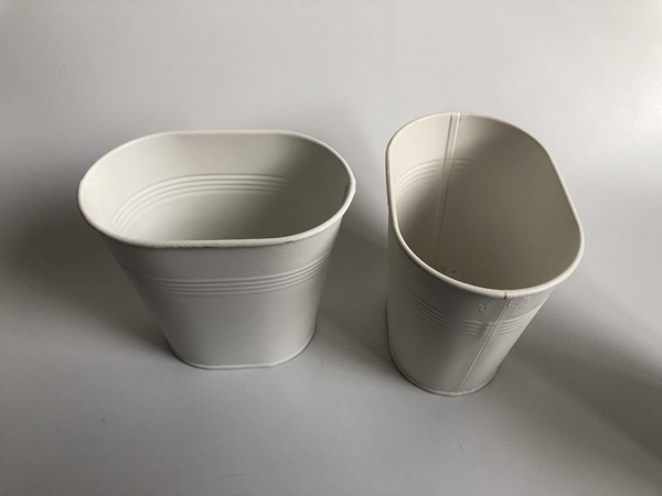 Image 2 - White Metal Vase Small Oval Vase Wedding Decorative Pots Pure White Wedding Centerpieces SF 0516-in Flower Pots & Planters from Home & Garden