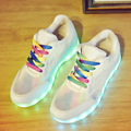Светодиодные Обувь 2017 Женщин Вскользь Разноцветные Светодиодные Светящиеся Обувь с Загораются USB Аккумуляторная Освещенные Обувь для Взрослых