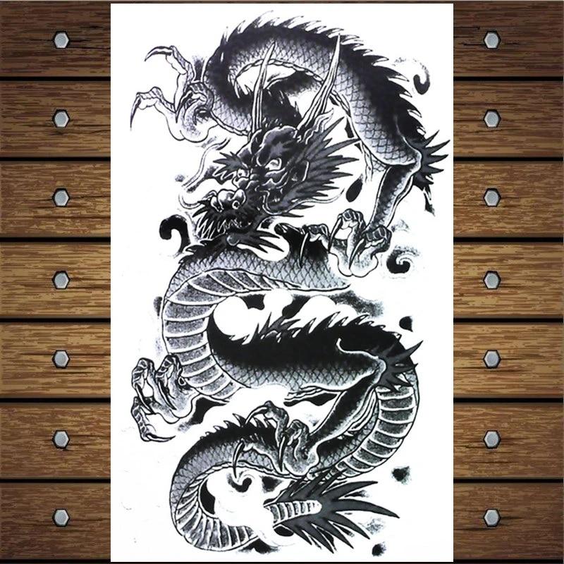 Mit drachen tattoo frau Drachen Tattoo