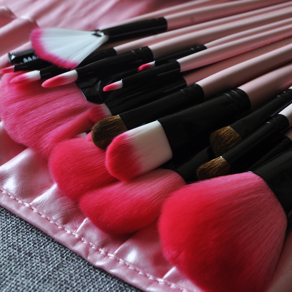 22pcs Nylon Gradient Pink Horsehair Makeup Brushes Professional Cosmetic Make Up Brush Set With Pink PU
