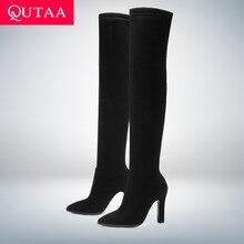 QUTAA г. Женские ботфорты выше колена зимняя обувь без застежки Универсальные женские сапоги на тонком высоком каблуке с острым носком размеры 34-43