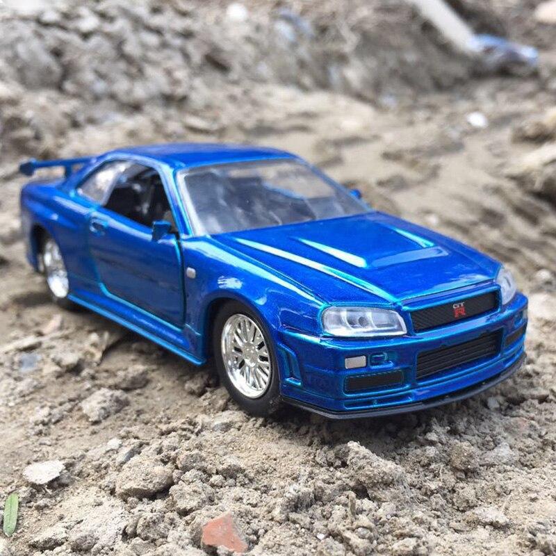 1:32 Metal Car Model Dodge Nissan GT R 34 Sports Car