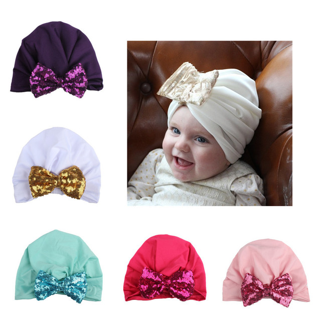 4696247ff719 Scintillant doux Bohème Style Bébé Chapeaux Paillettes Bowknot Enfants  Filles Cap Printemps Coton En Bas Âge