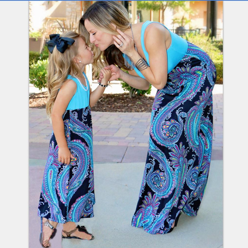 Family Matching Outfits Summer Mother Daughter Fashion Clothing Girls Dresses Striped Mom Daughter Dress Bohemian Summer Style telle mère telle fille vetement