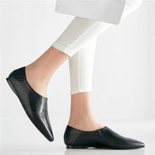 Купить с кэшбэком NAYIDUYUN    Chic Shoes Women Genuine Leather Low Top Party Flats Oxfords Shoes Pointed Toe Punk Loafers Casual Shoes Size4-10.5