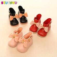 Karšta pardavimas Princess Toddler Kūdikių minkštas vienintelis PU Vaikai kūdikių batai mada batai mergaičių slydimo batai Baby Mielos odinės batai