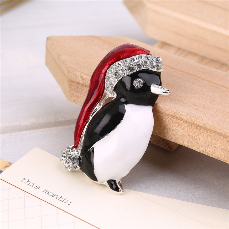 Rhinestone Cute Penguin Brooch Pin Xmas Gift Party Decoration For Women Coat Clothing Scarf Lapel Pins