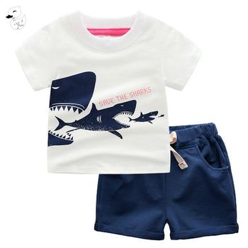 20887d7c3 BINIDUCKLING 2 piezas niños de verano bebé niños de manga corta T-Shirt +  Pantalones cortos conjuntos de ropa de dibujos animados de los tiburones  patrón ...