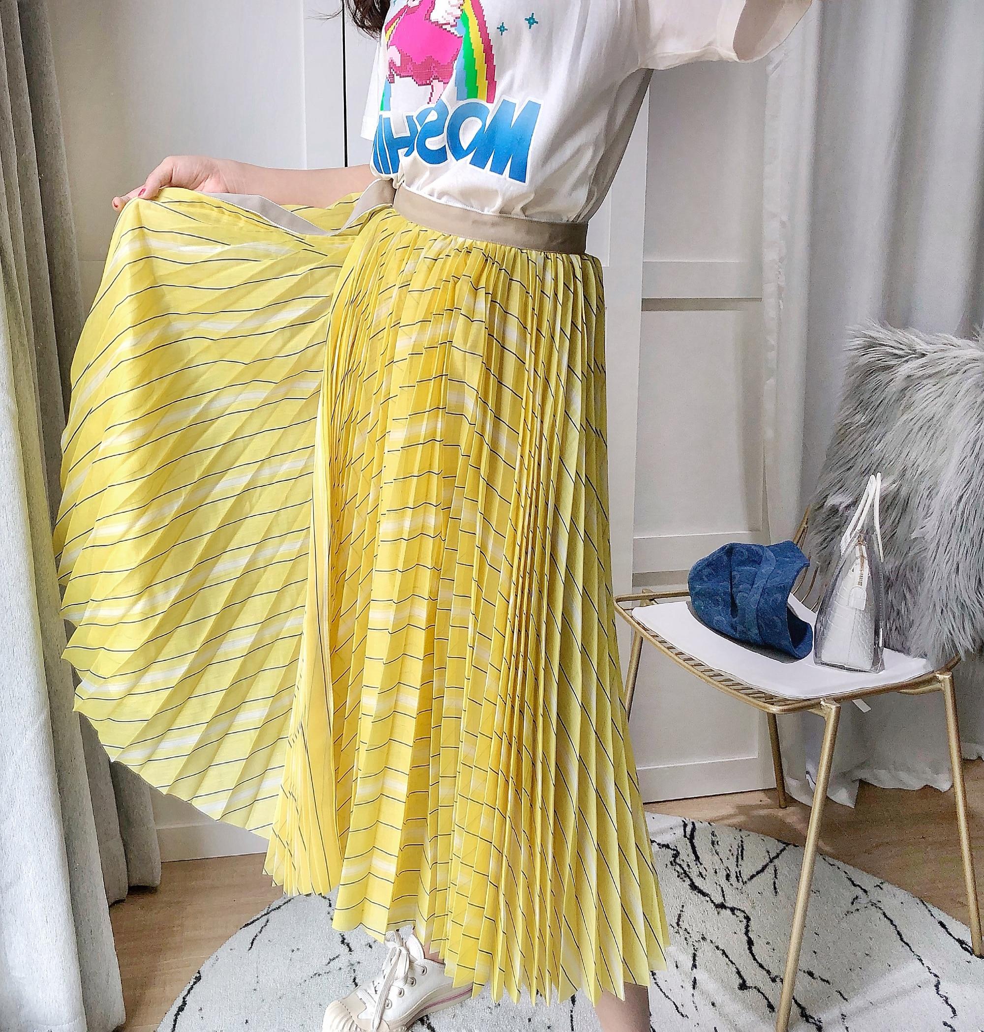 Jupe bouffante plissée classique en sergé jaune citron livraison gratuite