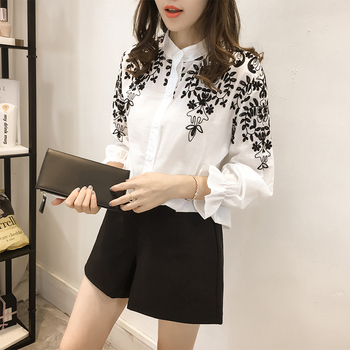 2018 Fashion Female Clothing Embroidery Blouse Shirt Cotton Korean Flower Embroidered Tops Korean Style Fresh shirt 529E 25 1