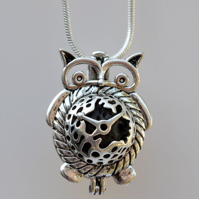 3b4a47bc126a68 Retro Owl Shape Lava Diffuser Locket with Chain Felt Ball Essential Oil  Diffuser Aromatherapy Necklace Pendant