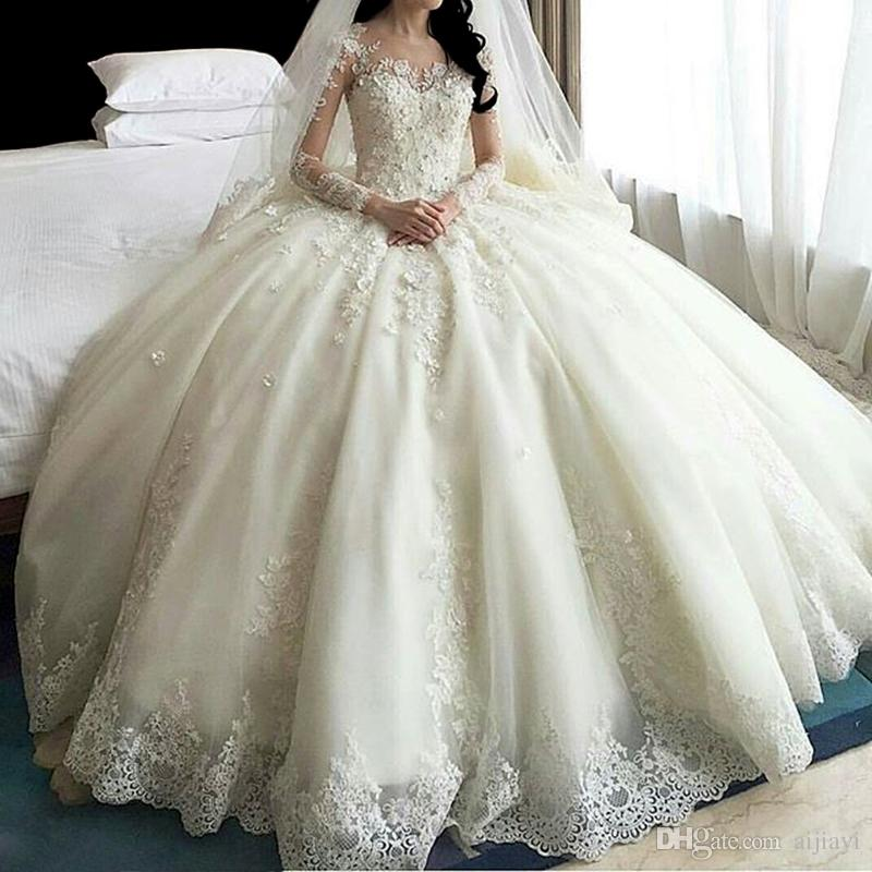 Hot Sale Dubai Crystal Flowers Ball Gown Wedding Dresses 2019 Long Sleeve Muslim Wedding Gowns Lace Appliques  Bridal Dress