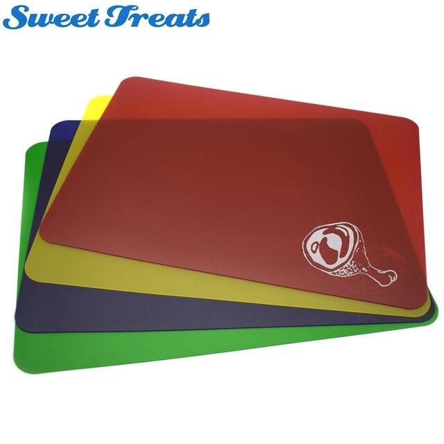 US $8.54 5% di SCONTO|Sweettreats Taglieri di Plastica Set di 4 Codice  Colore Flessibile Tagliere Mats Utensili Da Cucina in Sweettreats Taglieri  di ...