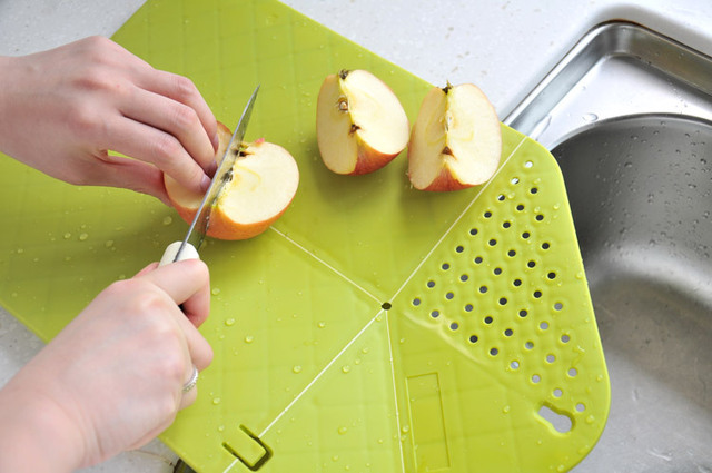 Cutting Board Plus Colander 2 in 1 Chopping Board with Strainer