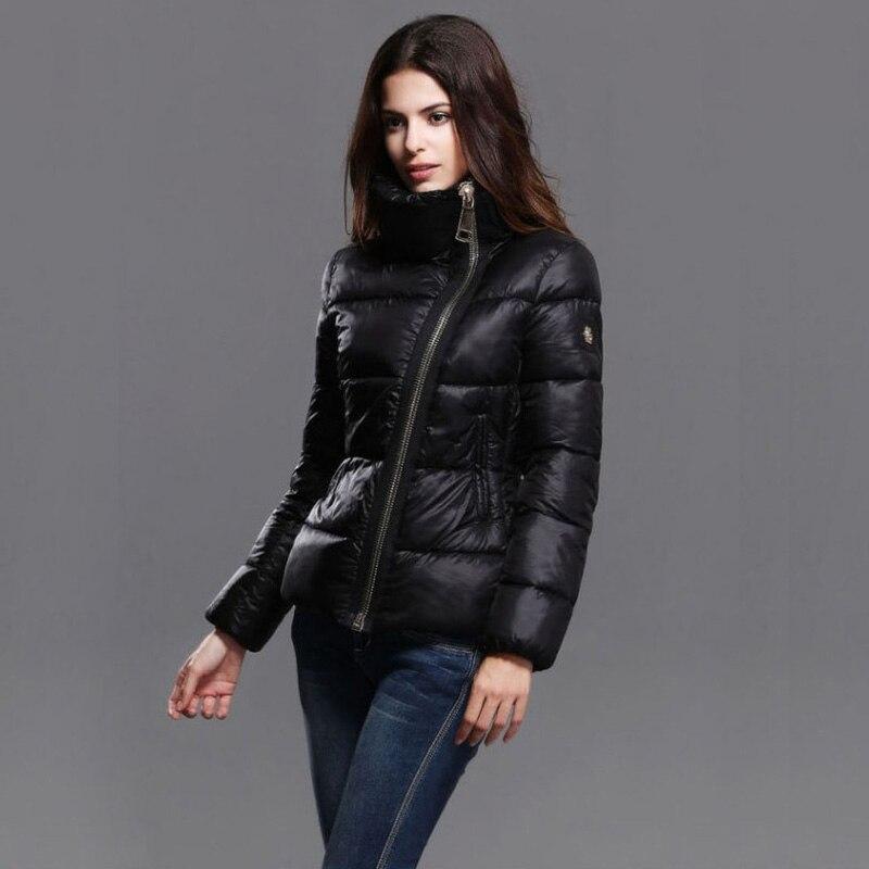 2016 New Parkas For Women Winter Slim Short Paragarph Stand collar Black Down Cotton Parka Jacket
