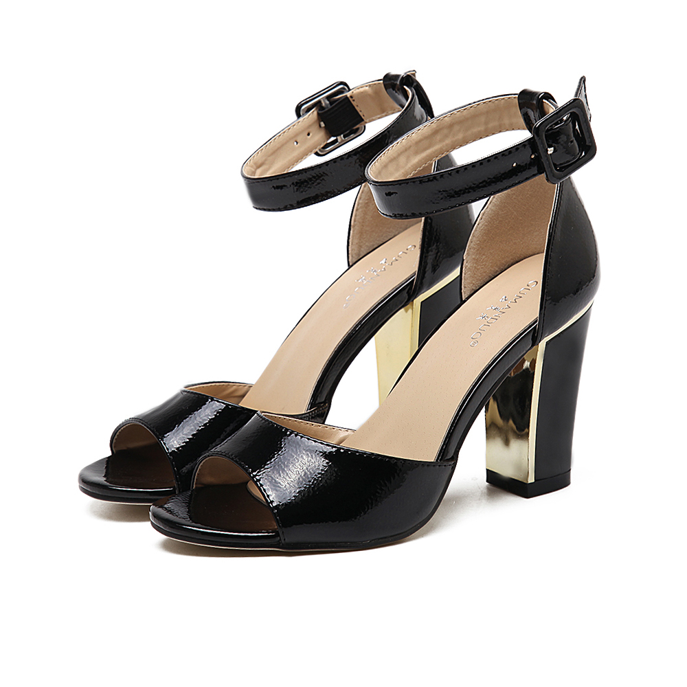 ФОТО 2017 Summer Sexy Girl Ultra Bright Hollow Out Ankle Buckle Strap Thick High Heels Women Peep Toe Sandals Woman Wedding Shoes
