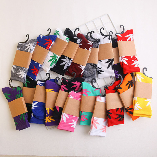 Winter high Quality Harajuku chaussette Style Maple leaf Weed Socks For Men's Cotton Hip Hop Socks Man Mens weed Maple leaf Sock