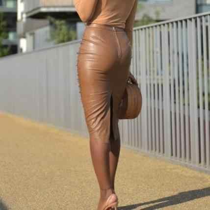 U Lederen Sexy Plus Size Rok Voor Vrouwen Kralen Verfraaid Hoge Taille Potlood Midi Rok Elegante Terug Split Party Rok AE74