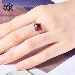 Image 5 - Centrum rozwoju przedsiębiorczości kwadratowy geometryczny pierścień ozdobione kryształy Swarovskiego pierścionki otwarte dla kobiet ślub pierścionki zaręczynowe biżuteria