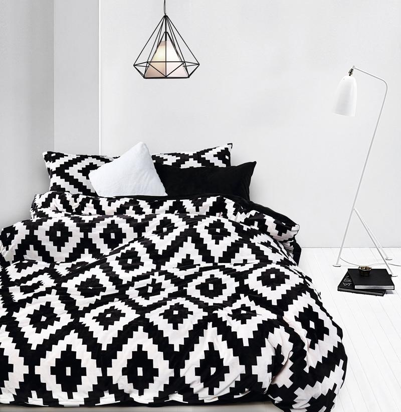 2016 Warm Flannel Bedding Sets Black White Diamond Sheet Bedding Bag