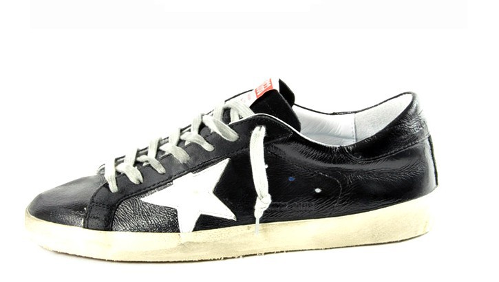 Golden Goose Mens Superstar Distressed Sneakers in White - Cheap Golden Goose Outlet Sale
