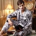 VENTA de Alta Calidad 2016 Pijama de Seda Pijamas de Los Hombres de la Marca Hombres de La Raya ropa de Dormir Conjuntos de Pijamas de Los Hombres Casuales Para Hombre Pijamas de Envío entrega
