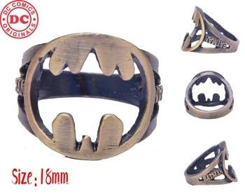 Кольцо с логотипом Бэтмен 18 мм