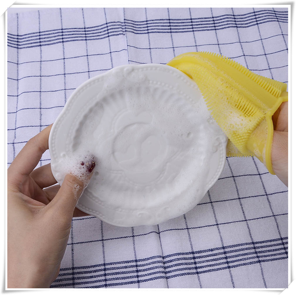 Silicone cleaning brush xq18