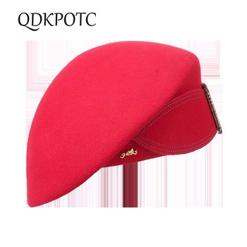 QDKPOTC 2018 nuevo de alta calidad 100% lana sombreros de mujer elegante  gorra de boina de Bowknot Bucklet sombrero Otoño Invierno Cena sombreros 5a823d81a3a