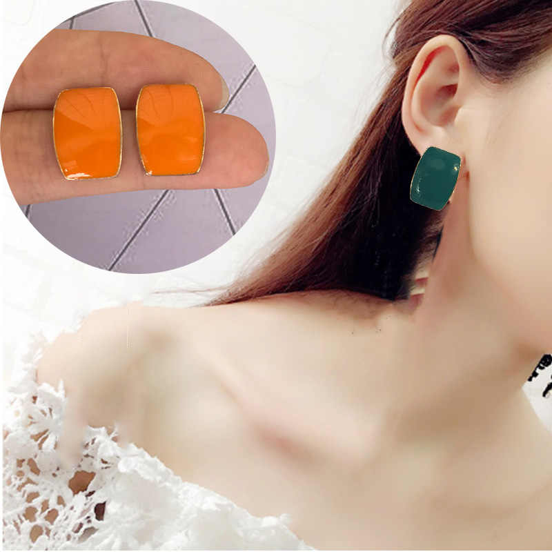 2019 Retro fashion female statement earring earrings for wedding party gift Christmas gift wholesale