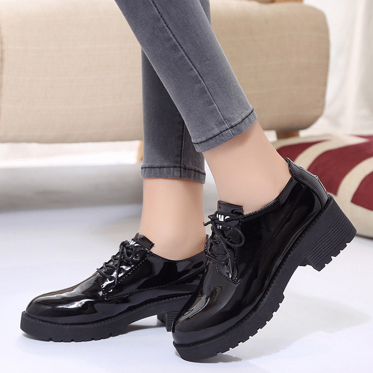 Dropshipping couro de patente oxford sapatos mulher estilo britânico dedo do pé redondo rendas-up apartamentos calcanhar quadrado chaussures femme zapatos zstm17