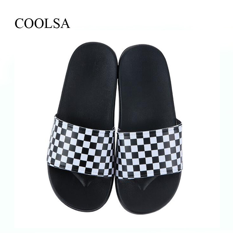 Coolsa Men's New Arrival Flat Non-slip White Black Lattice Slippers Men's Indoor Home Slides Beach Flip Flops Wholesale Slippers Sufficient Supply