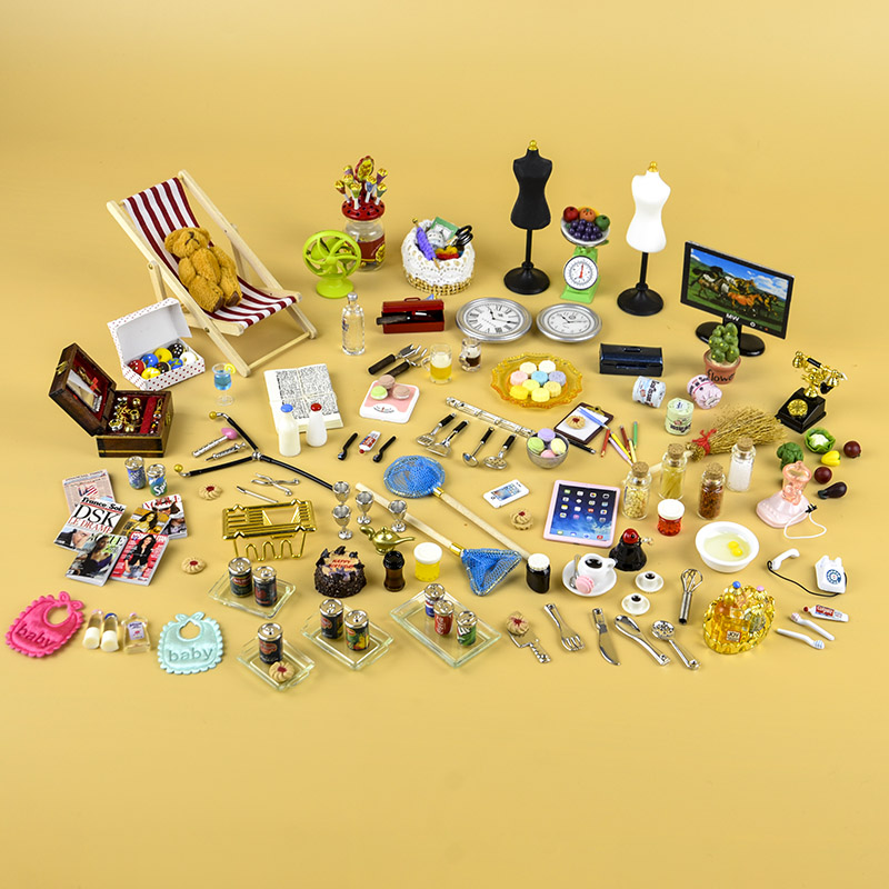 50pcs 1:12 Dollhouse Miniature Home Kitchen Living Dining Room Bedroom Tools Candy Food Toy Accessories Match Forest Familes
