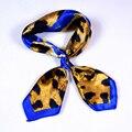 Royalblue Сердце Письмо Малый Шарфы Печатных 2015 Новый Дизайн Весна Осень Атласная Шарф Красный И Синий Леопардовый Шарф