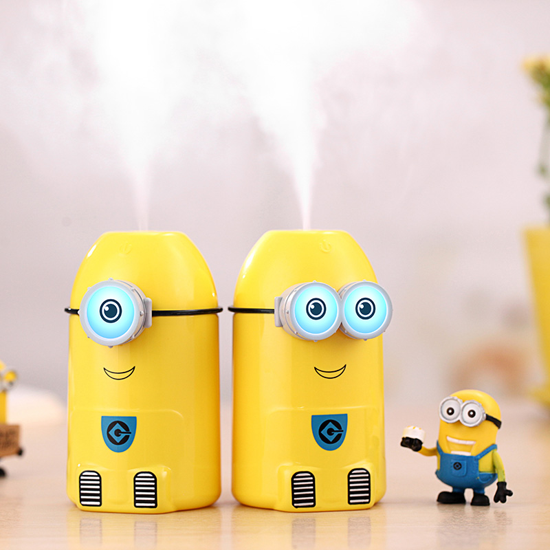 все цены на Mini Yellow People Ultrasonic Air Humidifier Cute Cartoon Aroma Oil Diffuser USB Car Air Humidifier LED Light Essential Diffuser