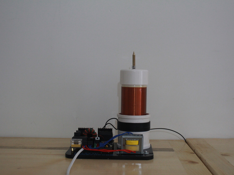 free shipping tesla coil (generator) diy Tesla coil with SSTC drive board lab instruments electrical experiment tools цена и фото