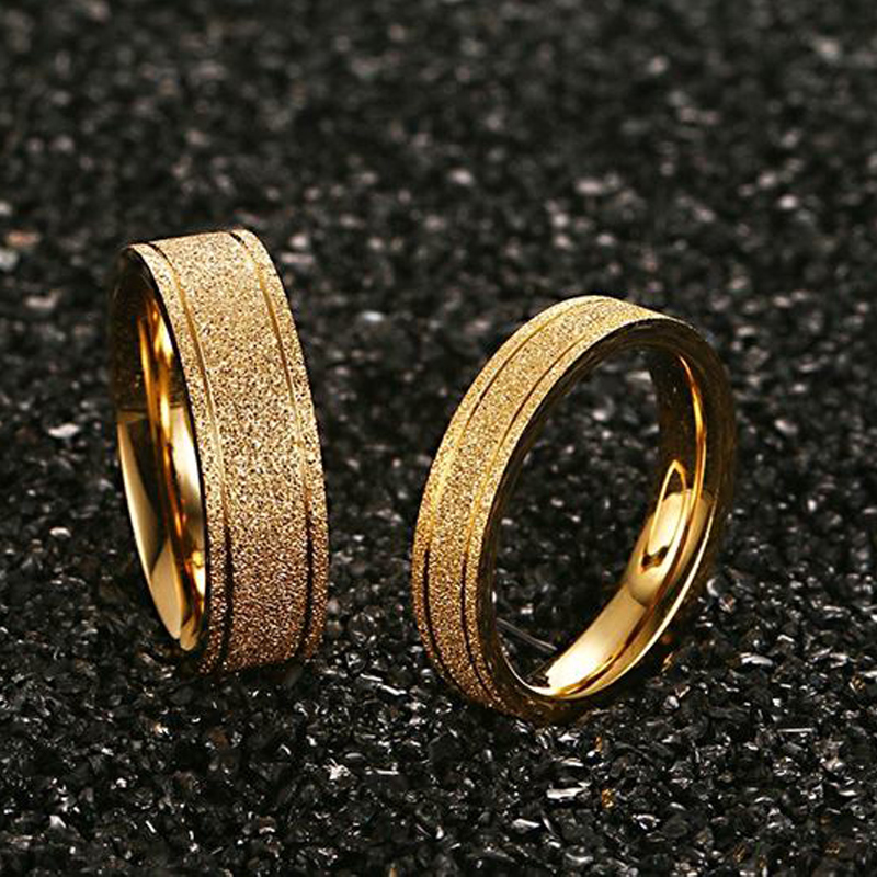 Gold Color Matte Frost Couple Ring Fashion Lover's Wedding Ring Smykker til hans og hendes tilbehør