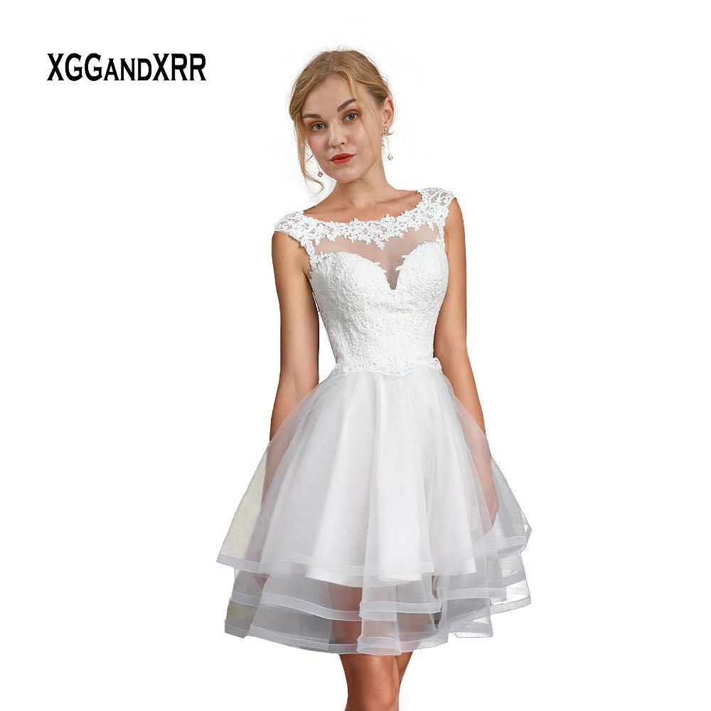 Elegant White Backless Short Wedding Dress 2019 Scoop Cap Sleeves Mini Lace Applique Layers Fluffy A