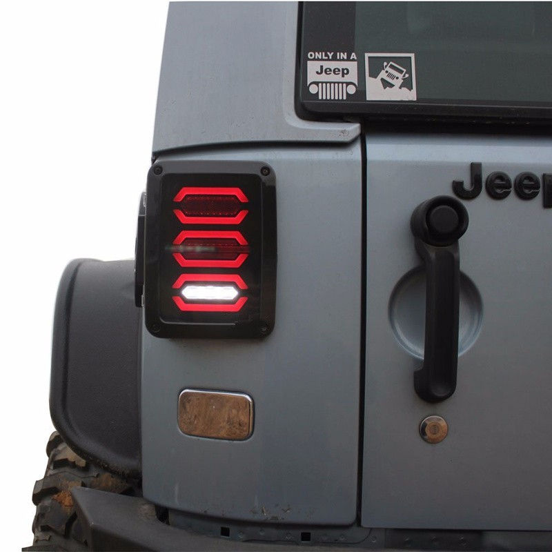 LED Diamond Tail Light Black with Smoke / Clear Lens For 07-16 Jeep Wrangler Led Taillight Brake Light Reverse Light for jeep wrangler jk 2007 2016 tail light diamond smoke led tail light