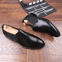 Black Soft leather Flats Handmade Spring Fall Driving Loafers Shoes Cozy Leisure Breathable Shoes Men Rivets Boats 2018 New Hot