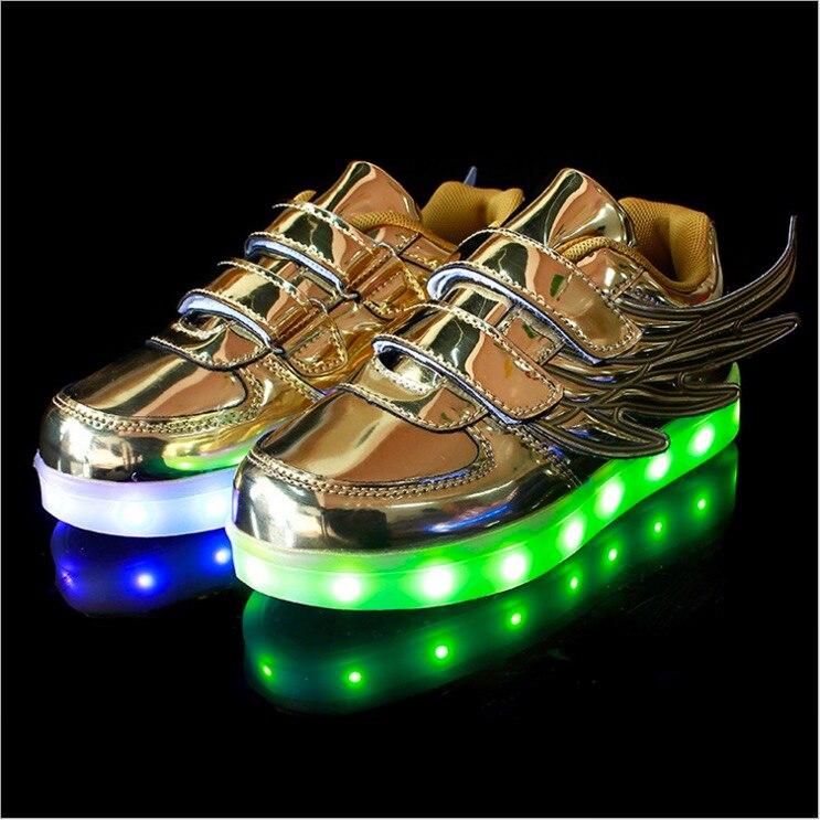 76d3bac02099b 2016 led chaussures Enfants ailes sneakers USB voyant de charge up coloré  loisirs cool lumineux enfants chaussures avec la lumière pour garçon filles  dans ...