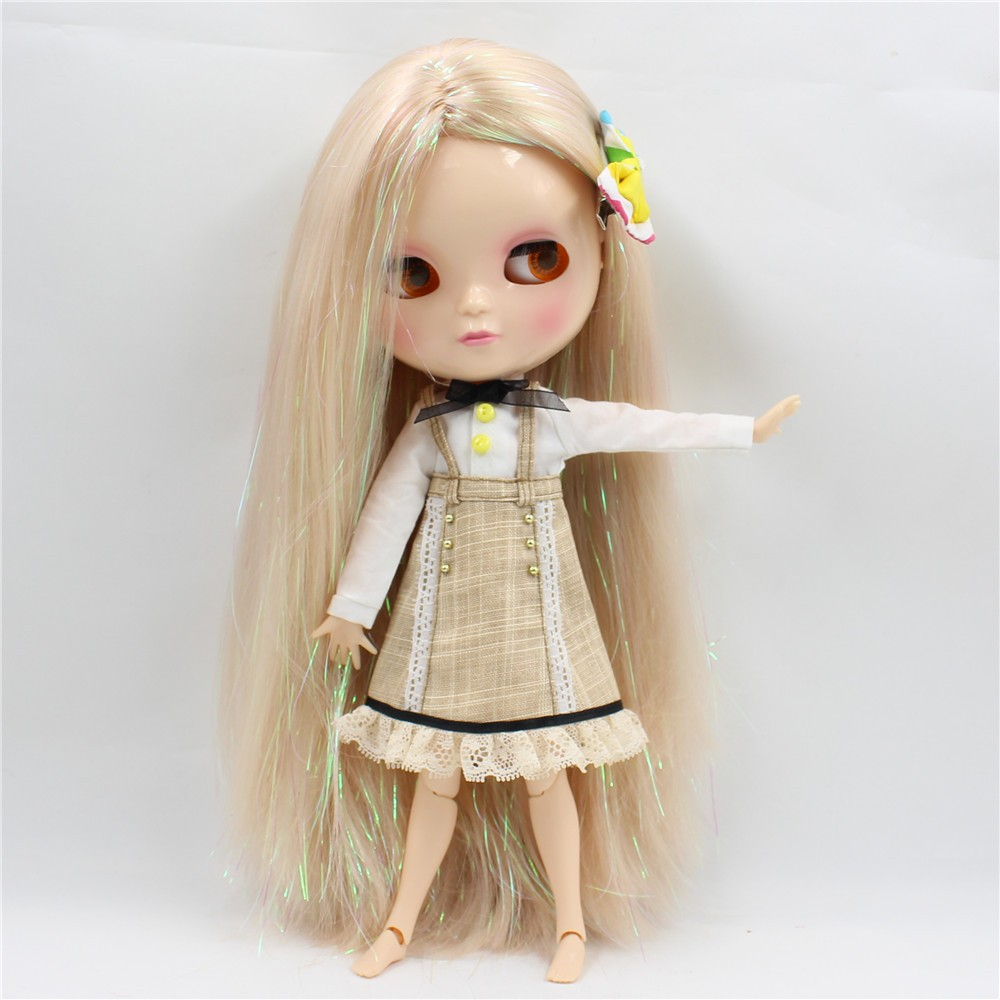 Neo Blythe Doll with Blonde Hair, White Skin, Shiny Face & Jointed Azone Body 3