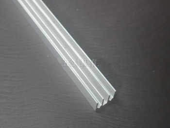 Custom TO-220 Aluminum Radiator Fin 16*16*100mm Triode Electronic components radiator Electronic Cooler Heat sink Strip image