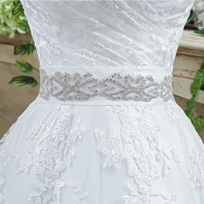 Romantic A Line Wedding Dresses Sweetheart Neck Appliques Lace Bridal Gown 2019 Sleeveless Beaded Sashes Bow Back robe de mariee in Wedding Dresses from Weddings Events