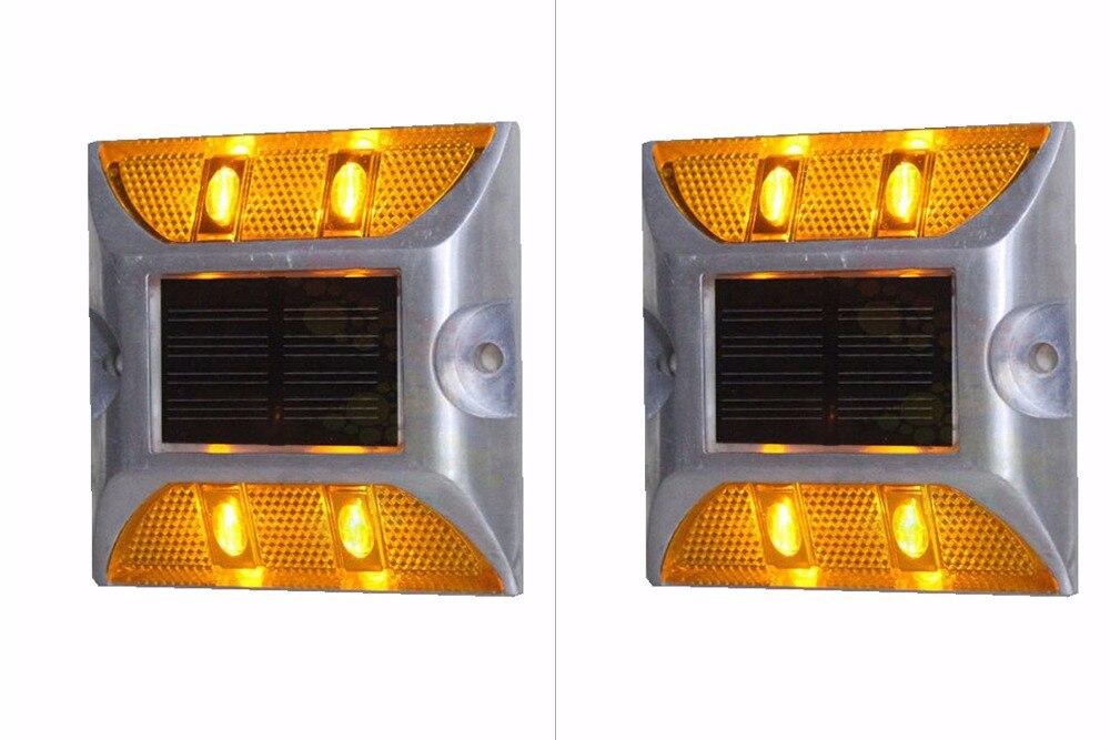 2 Pieces Solar Cat Eye Road Stud Maker Pathway Deck Dock LED Steady Light
